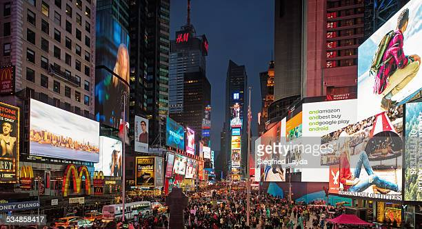 times square at dusk - times square manhattan stock pictures, royalty-free photos & images