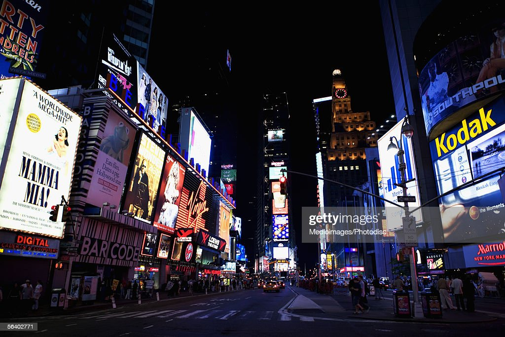 Times Square at night, New York City, NY, USA : Bildbanksbilder