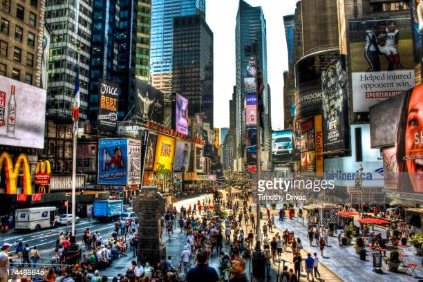 CONTENT] Times Square New York City High Noon Shot