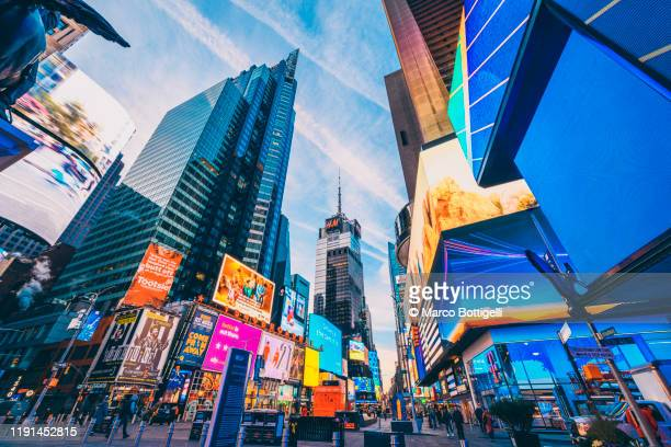 times square, new york city - times square manhattan stock pictures, royalty-free photos & images