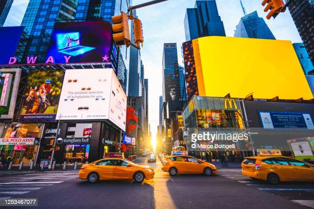 times square, new york city - new york state stock pictures, royalty-free photos & images