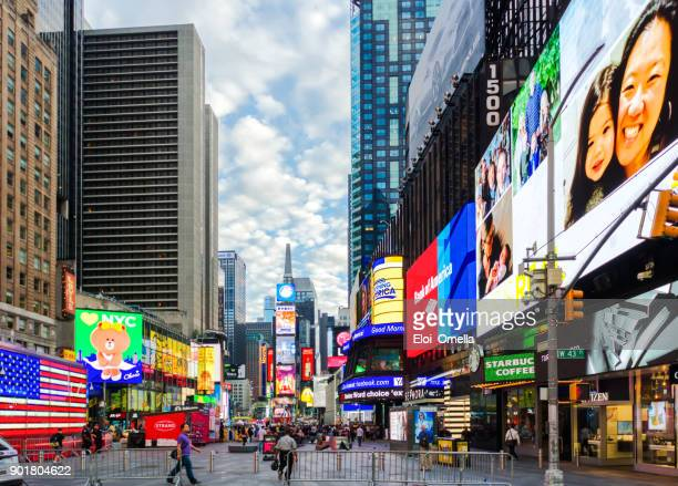 times square new york manhattan midtown advertising america - 7th avenue stock pictures, royalty-free photos & images