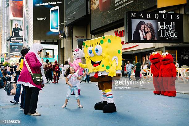 times square new york - elmo stock pictures, royalty-free photos & images
