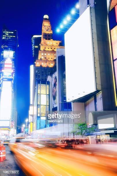 times square - composizione verticale foto e immagini stock