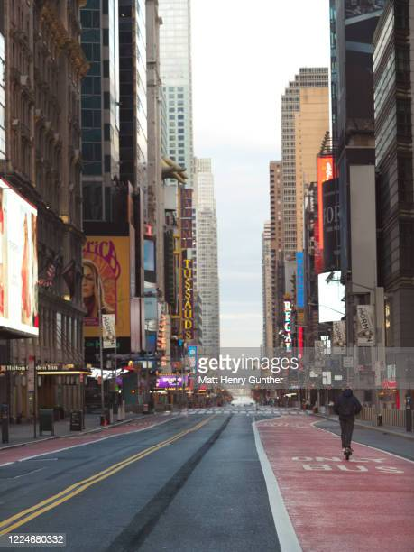 times square - empty streets stock pictures, royalty-free photos & images