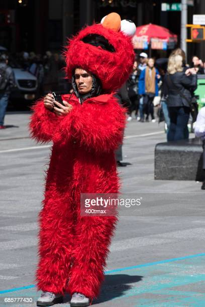 times square - elmo stock pictures, royalty-free photos & images