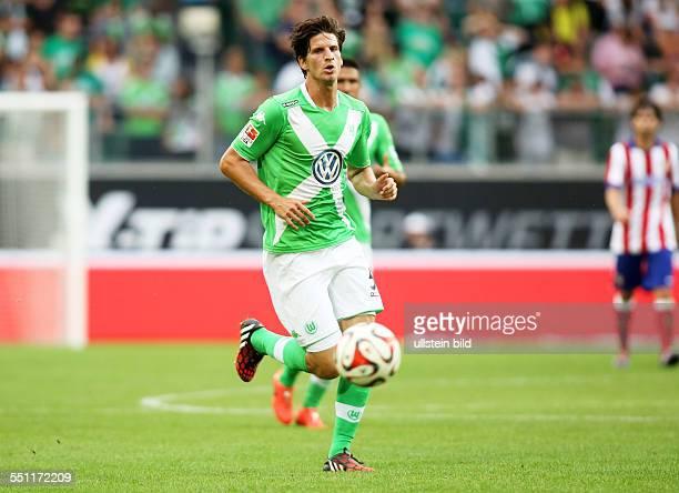 Timm Klose, Einzelbild, Freisteller, Aktion , VfL Wolfsburg, Testspiel Freundschaftsspiel, Bundesliga DFL, Sport, Fußball Fussball, Volkswagen Arena...