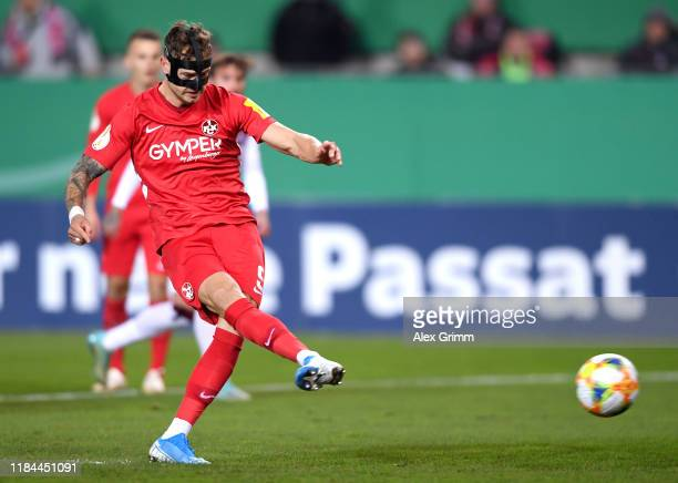 Timmy Thiele of 1. FC Kaiserslautern scores his team's first goal during the DFB Cup second round match between 1. FC Kaiserslautern and 1. FC...