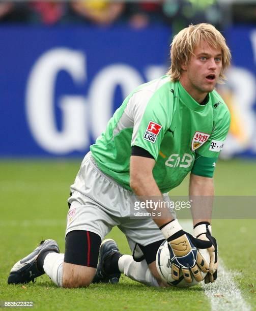 Timo HILDEBRAND Torhüter VfB Stuttgart D hält den Ball