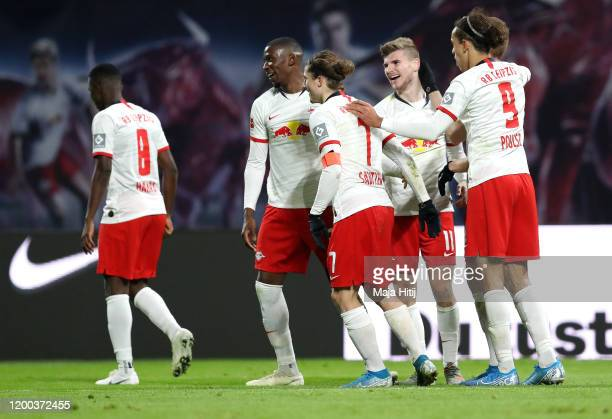 Timo Werner of RB Leipzig celebrates with teammates after scoring his sides third goal during the Bundesliga match between RB Leipzig and 1 FC Union...
