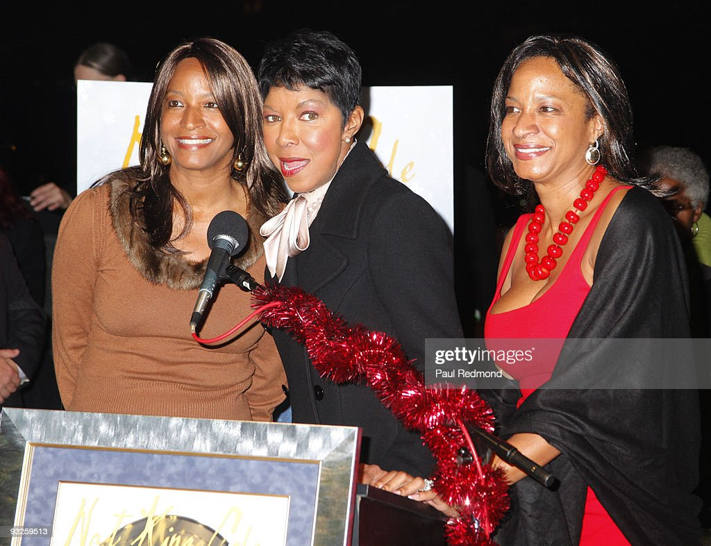 The Rooftop Christmas Tree.Timolin Cole Casey Cole And Singer Natalie Cole Appear At