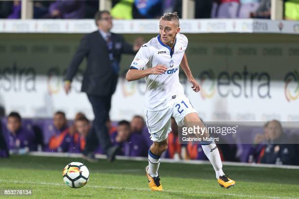 Timothy Castagne of Atalanta BC in action during the Serie A match between FC Crotone and Benevento Calcio at Stadio Artemio Franchi on September 24...