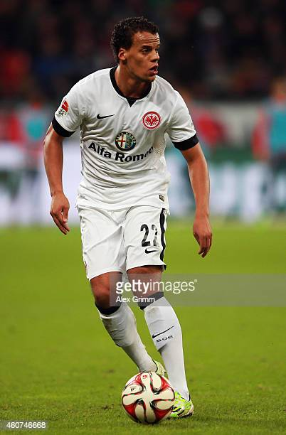 Timothy Chandler of Frankfurt controles the ball during the Bundesliga match between Bayer 04 Leverkusen and Eintracht Frankfurt at BayArena on...