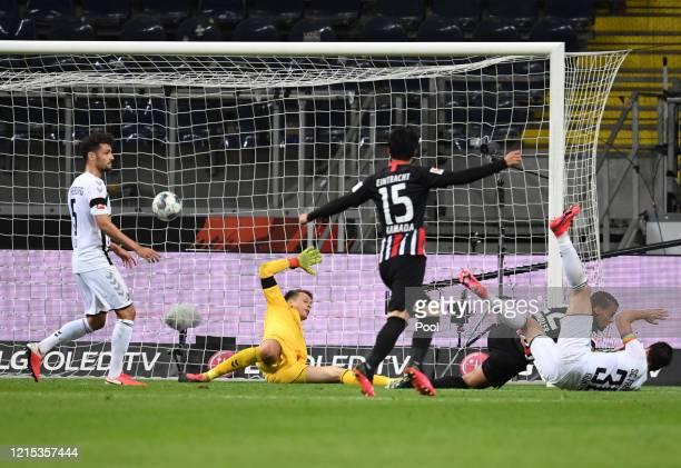 Timothy Chandler of Frankfurt scores his sides third goal during the Bundesliga match between Eintracht Frankfurt and Sport-Club Freiburg at...