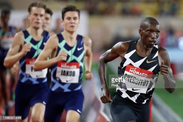 Timothy Cheruiyot of Kenya competes in the Men's 1500 metres during the Herculis EBS Monaco 2020 Diamond League meeting at Stade Louis II on August...