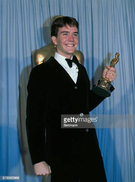 Timothy Hutton holds his Academy Award for Best Supporting Actor in Ordinary People
