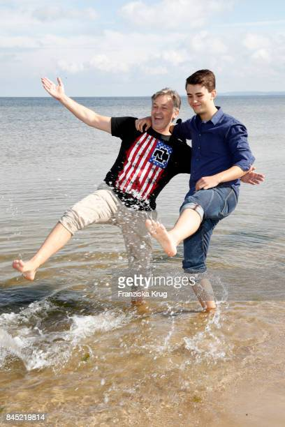 Timothy Peach and his son Nelson Peach attend the Till Demtroeders CharityEvent 'Usedom Cross Country' at Seebruecke Ahlbeck on September 10 2017...
