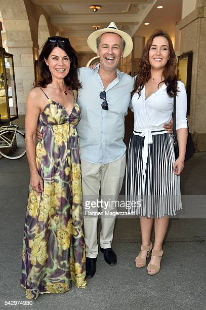 Timothy Peach and his wife Nicola Tiggeler with daughter Tiffany during the 'Sommerfest der Agenturen' at Hugo's on June 25 2016 in Munich Germany