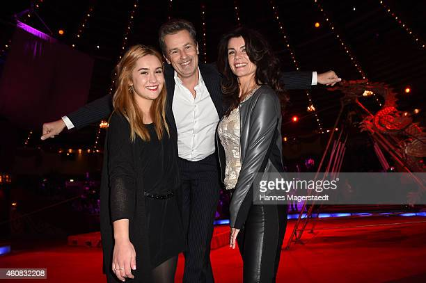 Timothy Peach Nicola Tiggeler and their daughter Tiffany attend the 'Circus Krone Christmas Show 2014' at Circus Krone on December 25 2014 in Munich...
