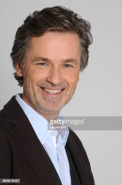Timothy Peach Schauspieler
