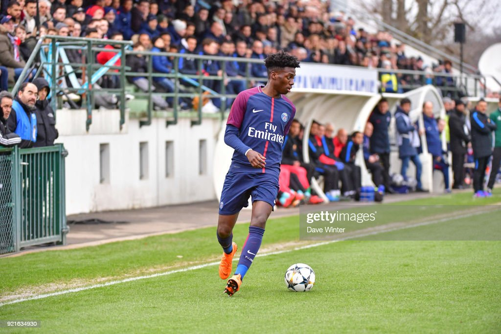 Paris Saint-Germain v FC Barcelona - Youth League U19 : Foto di attualità