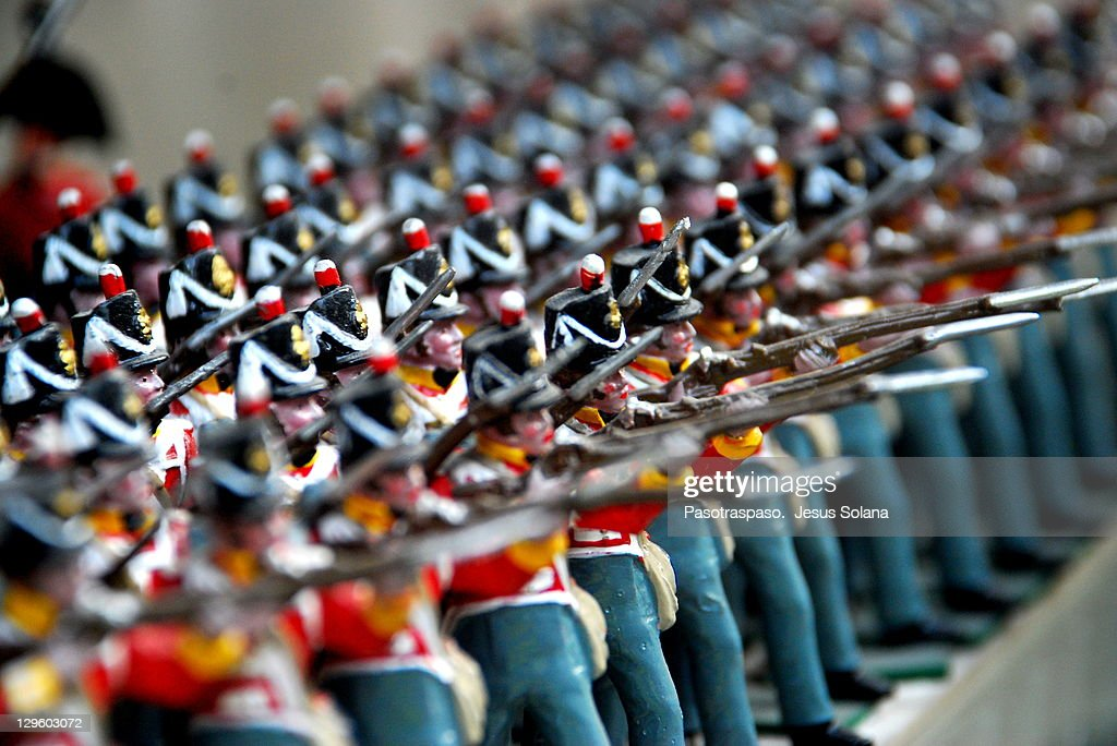 Tin Soldiers / small army : Stock Photo