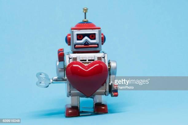 Tin Toy Robot in Love