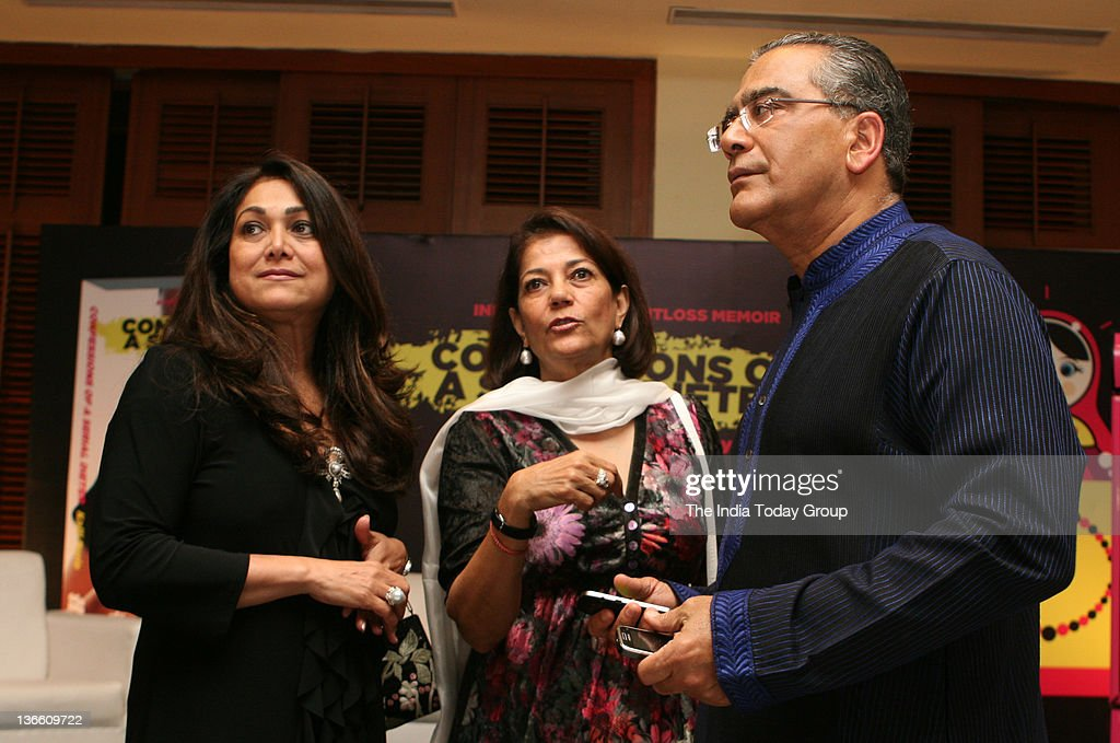 Tina Ambani Rekha Purie and Aroon Purie at the launch of Kalli Purie`s book Confessions of a Serial Dieter in Mumbai on Saturday January 7 2012