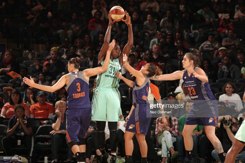 Tina Charles #31 of the New York Liberty looks to pass the ball against the Phoenix Mercury on June 4, 2017 at Madison Square Garden in New York, New York.