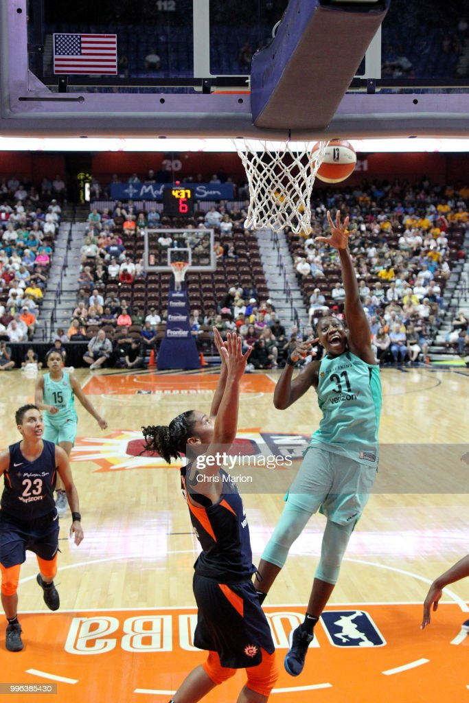 Tina Charles #31 of the New York Liberty shoots the ball against the Connecticut Sun on July 11, 2018 at the Mohegan Sun Arena in Uncasville, Connecticut.