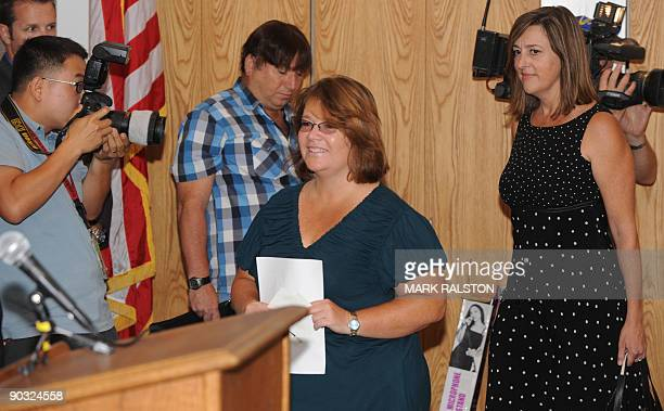 Tina Dugard ,aunt of the released kidnapped victim Jaycee Dugard and the family spokesperson, arrives to read a statement from the family at a news...