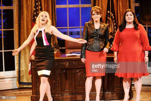 LIVE Tina Fey Episode 1746 Pictured Kate McKinnon as Kellyanne Conway Tina Fey as Sarah Palin Aidy Bryant as Sarah Huckabee Sanders during Sarah...