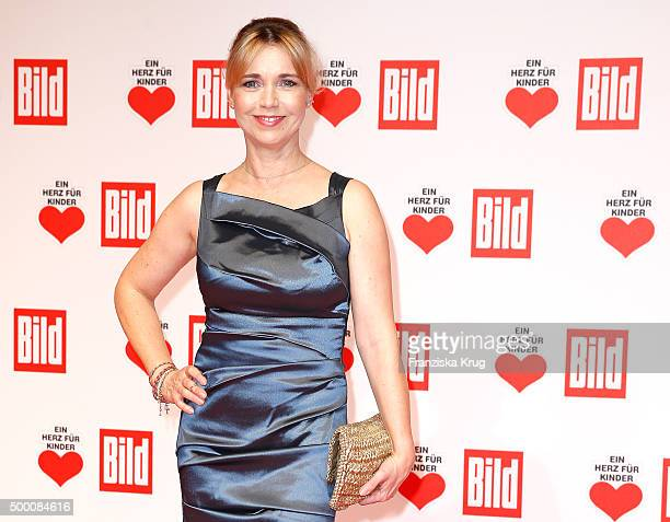 Tina Ruland attends the Ein Herz Fuer Kinder Gala 2015 at Tempelhof Airport on December 5 2015 in Berlin Germany