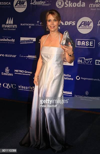 "Tina Ruland, Charity-Veranstaltung, 17. ""Unesco-Benefiz-Gala"" 2009, Hotel ""Maritim"", Düsseldorf, Nordrhein-Westfalen, Deutschland, Europa, Logo-Wand,..."