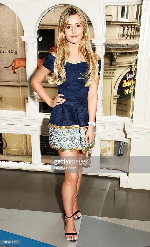 Tina Stinnes attends a special screening of 'War Dogs' at Picturehouse Central on August 11, 2016 in London, England.