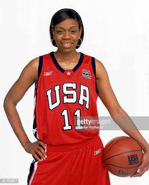 Tina Thompson of Team USA poses for the 2004 Women's Team USA Portraits on March 23 2004 in Miami Florida NOTE TO USER User expressly acknowledges...
