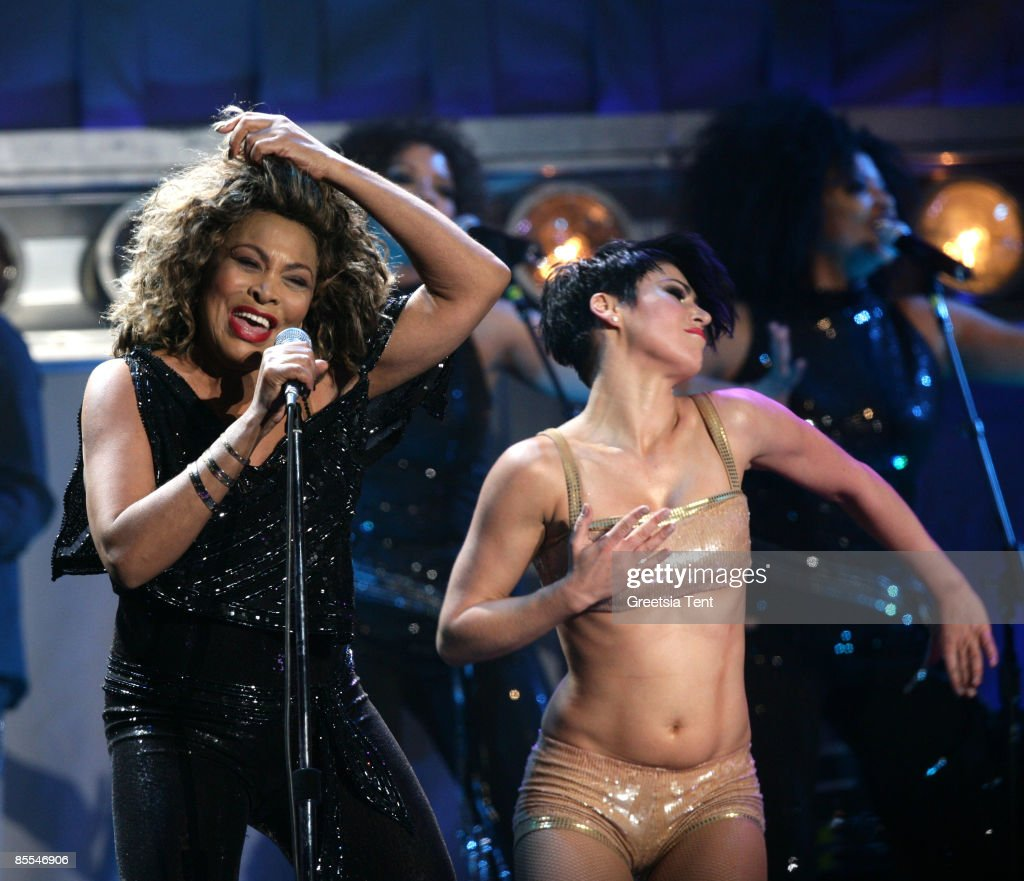 Exceptionnel Tina Turner in Concert Photos and Images | Getty Images ZF24