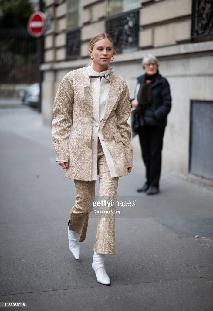 Street Style - Paris Fashion Week Womenswear Fall/Winter 2019/2020 : Day Five : Photo d'actualité