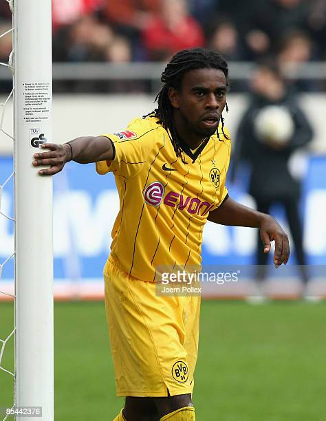 Tinga of Dortmund watches at the post during the Bundesliga match between Hannover 96 and Borussia Dortmund at the AWD Arena on March 14, 2009 in...