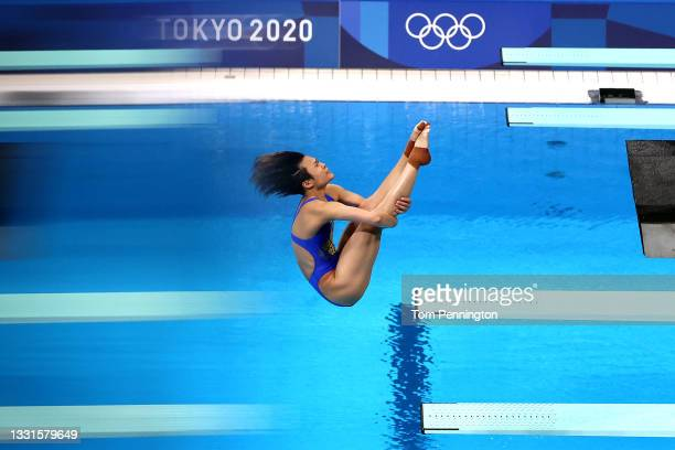 Tingmao Shi of Team China competes in the Women's 3m Springboard Semi final on day eight of the Tokyo 2020 Olympic Games at Tokyo Aquatics Centre on...