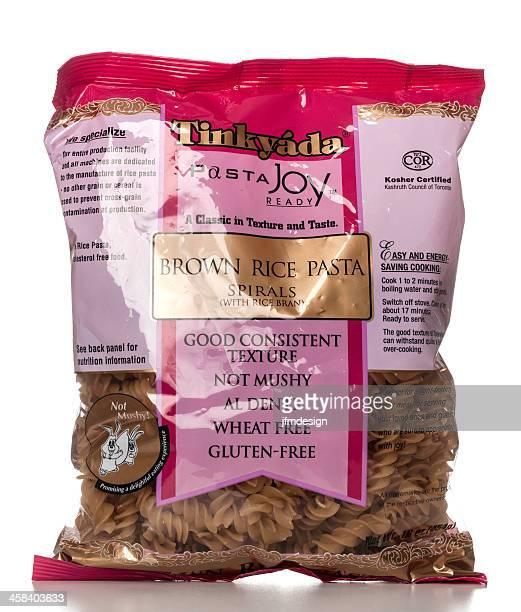 Tinkyáda brown rice pasta package