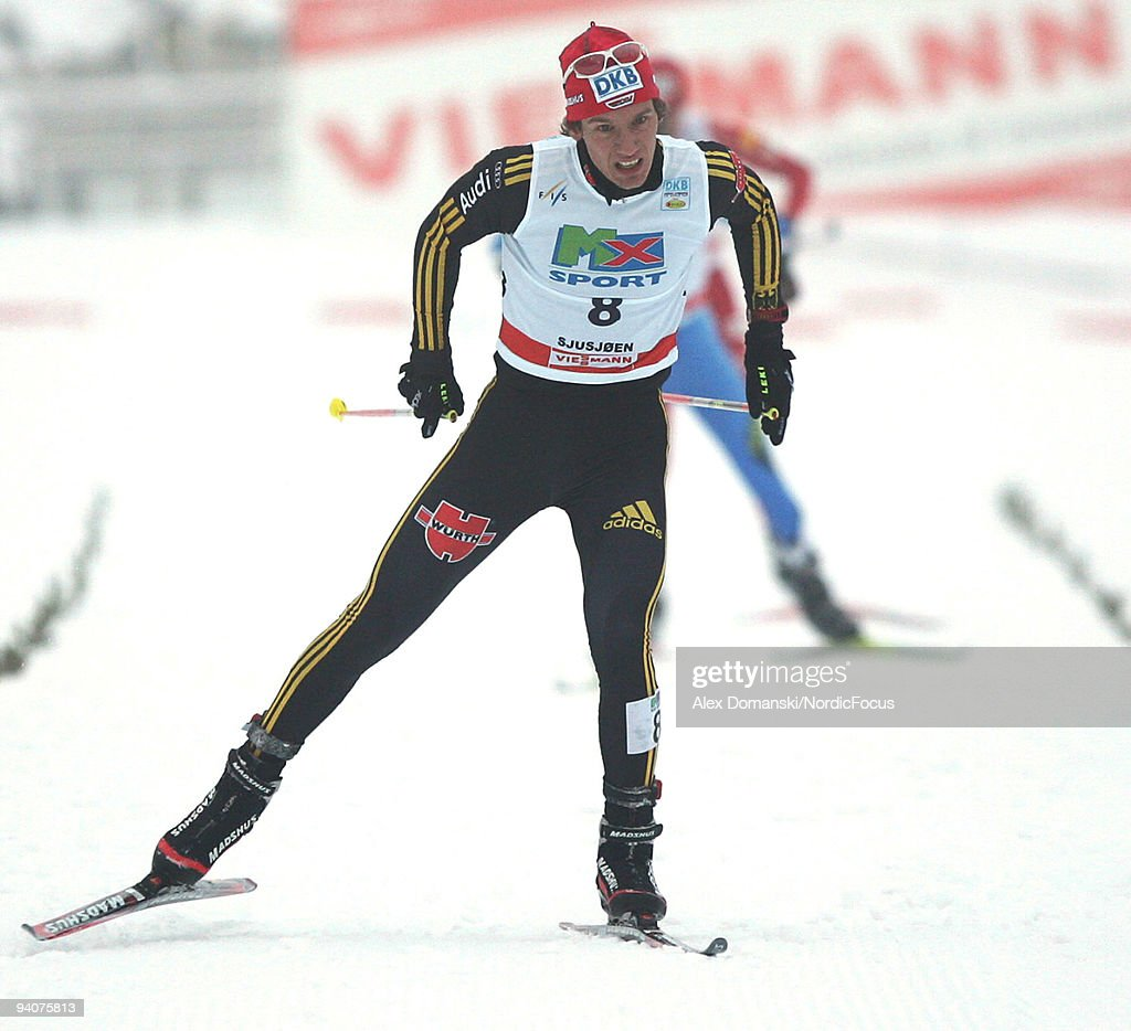Tino Edelmann of Germany competes in the Gundersen 10km event during day two of the FIS Nordic Combined World Cup on December 6, 2009 in Lillehammer, Norway.