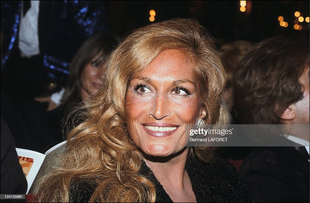 Tino Rossi Night In Paris, France On November 10, 1982. : News Photo