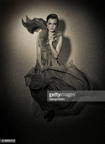 鉄板写真女性の写真と流れるようなシルクシフォン