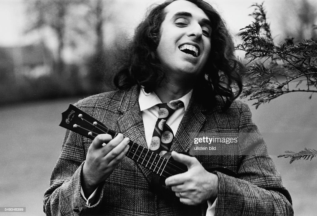 Tiny Tim on tour in Germany : News Photo