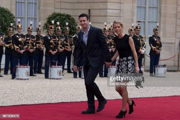 Tiphaine Auzière et son époux arrivent au palais présidentiel de l'Elysée pour assister à la cérémonie officielle de l'nvestiture d'Emmanuel Macron...