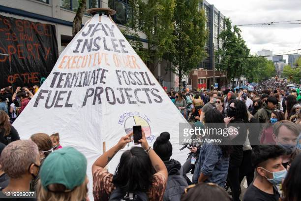 Tipi with a message for Washington Stateâs Governor Jay Inslee sits inside the âCapitol Hill Organized Protestâ formerly known as the âCapitol Hill...