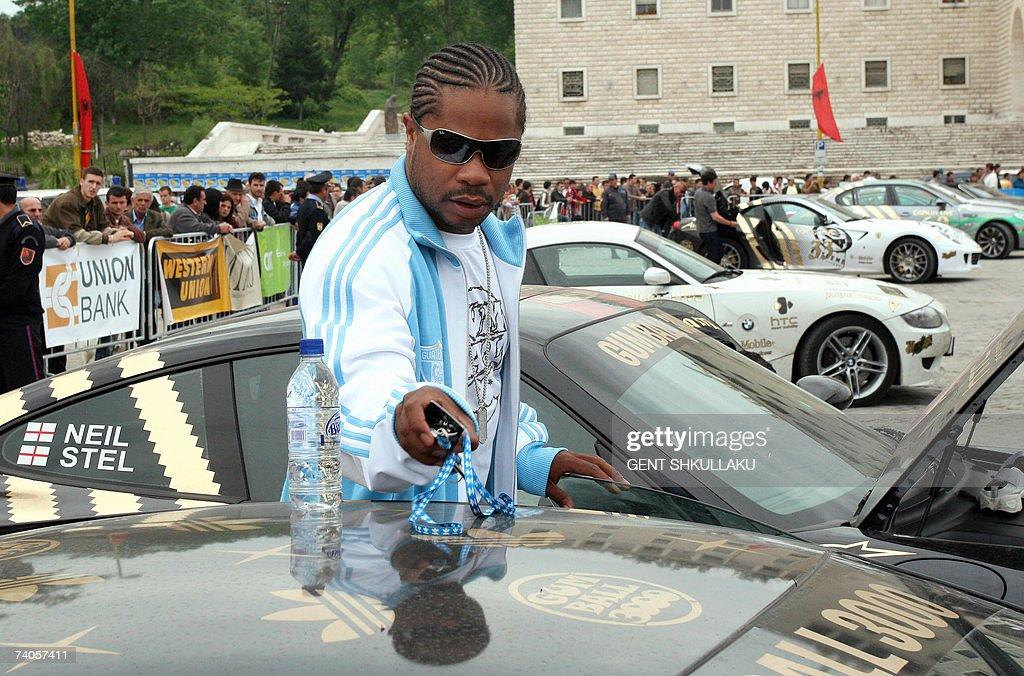 American rapper Xzibit gets into a Lambo... : News Photo