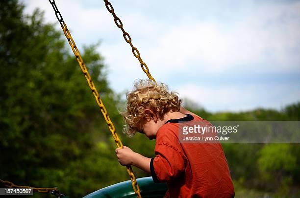 tire swing joy - lynn pleasant photos et images de collection