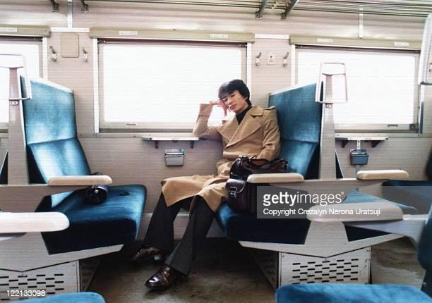 tired and sleepy - 昭和期 ストックフォトと画像